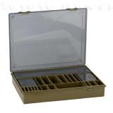 Varianta XL include 4 cutii pentru lucruri marunte, si 2 tavite pentru monturi